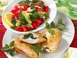 Knuspriges Hähnchen mit Salat Rezept