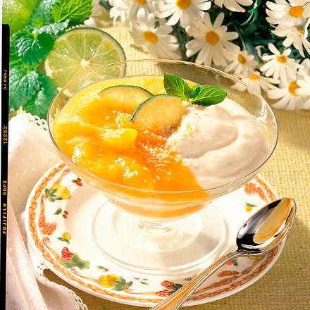 Kokosjoghurt mit Aprikosensoße Rezept