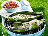 Kräuter-Dorade vom Grill zu Tomaten-Oliven-Salat Rezept
