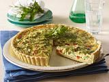 Kräuter-Quiche mit Paprika, Zucchini und Mozzarella Rezept