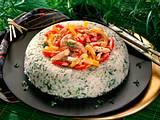 Kräuter-Reisring mit Hähnchengeschnetzeltem Rezept
