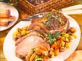 Kräuter-Schweinenacken mit Champignons-Möhren-Porreegemüse Rezept