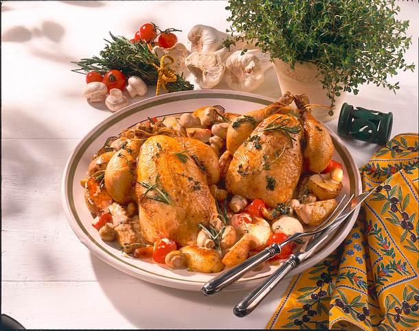 Kräuterhähnchen mit Champignon-Rahm-Kartoffeln Rezept