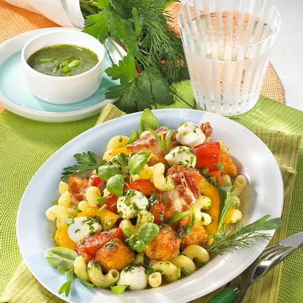 Kräuternudelsalat mit Knuper-Nuggets Rezept