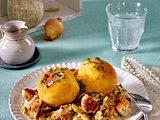Kräuterreis-Bällchen mit Brätbällchen-Ragout Rezept