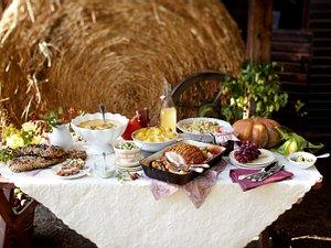 Krautsalat mit Speck-Zwiebel-Sahne-Dressing Rezept