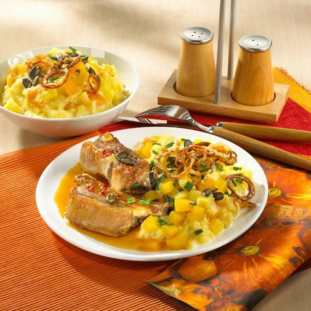 Kürbis-Kartoffelpüree mit Rippchen Rezept