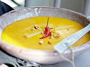 Kürbis-Kokosnuss-Suppe Rezept