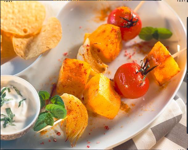 Kürbis-Tomaten-Spieße mit Dip Rezept
