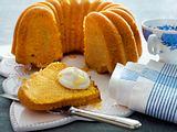 Kürbisgugelhupf mit Orangen-Zitronen-Sirup Rezept