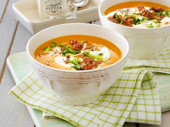 Kürbissuppe mit Hackfleisch Rezept
