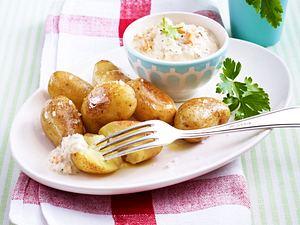 Lachs-Creme zu neuen Kartoffeln Rezept