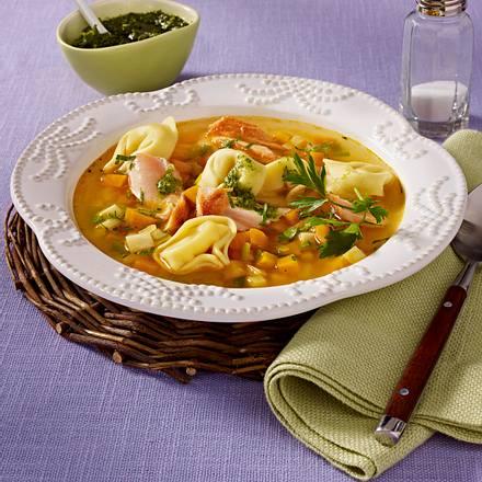 Lachs-Suppe mit Tortellini Rezept