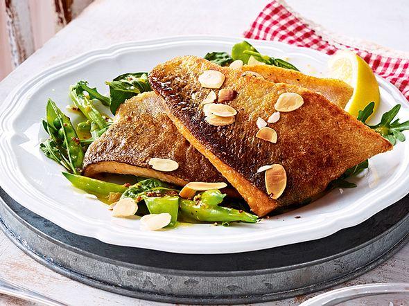 Lachsforelle auf Bohnen-Zuckerschoten-Salat Rezept