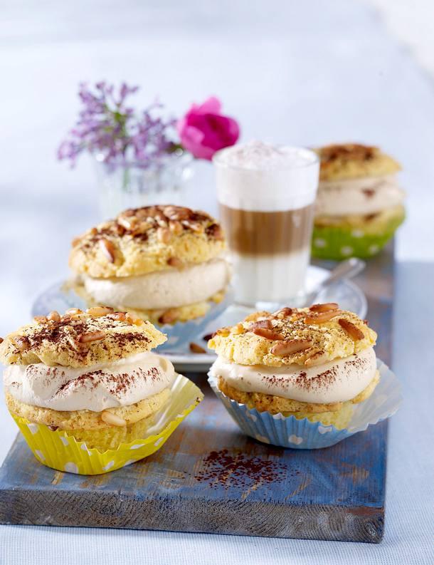 latte macchiato muffins rezept lecker. Black Bedroom Furniture Sets. Home Design Ideas