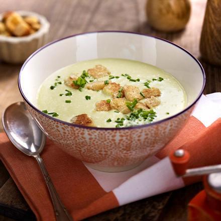 lauch kartoffel suppe mit cro tons rezept lecker. Black Bedroom Furniture Sets. Home Design Ideas
