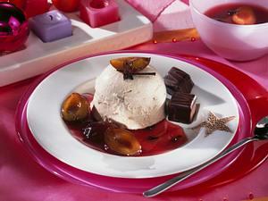 Lebkuchenparfait mit Pflaumensoße Rezept