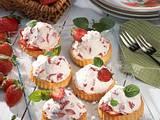Leichte Erdbeer-Torteletts Rezept