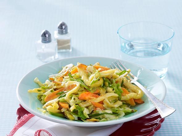 Leichte Käse-Gemüse-Spätzle Rezept
