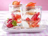 Leichtes Erdbeer-Tiramisu mit Orangenplätzchen Rezept