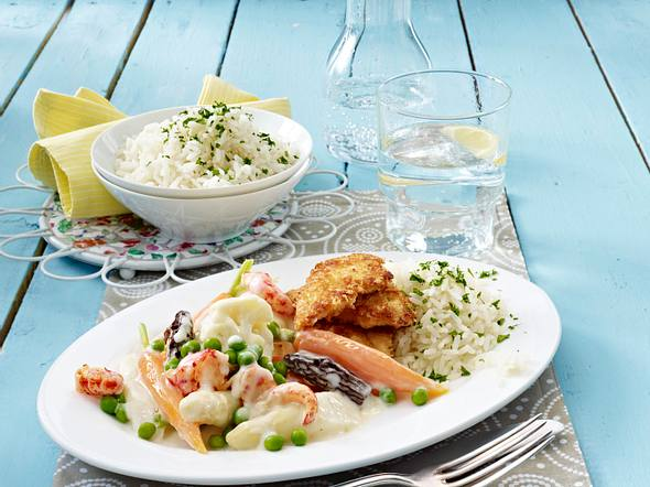 Leipziger Allerlei mit Parmesan-Hähnchenfilet und Reis Rezept
