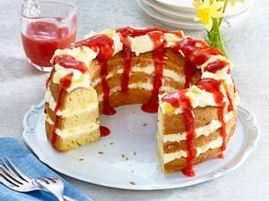 Limo-Kuchen mit Lemon-Curd-Frischkäse-Frosting und Erdbeersoße Rezept