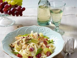 Linguine mit Trauben und Hähnchen Rezept