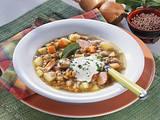 Linsen-Kartoffelsuppe mit Wiener Würstchen Rezept