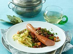Linsengemüse mit Saiten (Wiener Würstchen) und Spätzle Rezept
