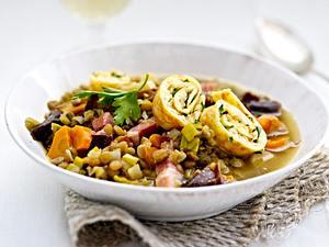 Linsensuppe mit Sauerkraut-Flädle Rezept