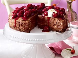 Luftige Mousse-au-Chocolat-Torte Rezept