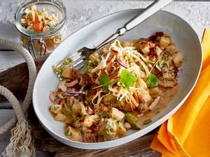 Mairübchencurry mit Knusper-Joghurt-Salat Rezept