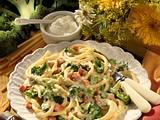 Makkaroni mit Broccoli-Schmand-Soße Rezept