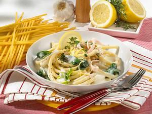 Makkaroni mit Spinat-Ricotta-Soße Rezept