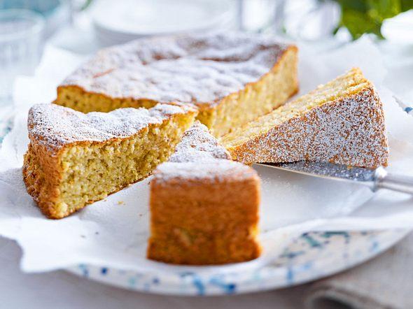 Mallorquinischer Mandelkuchen (Gato de ametlla) Rezept