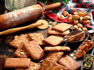 Mandel-Pfefferkuchenkekse (Diabetiker) Rezept