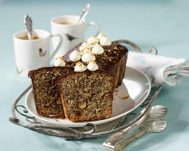 Mandel-Schoko-Kastenkuchen mit Krokanteiern Rezept