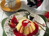 Mandelpudding mit Erdbeersoße Rezept
