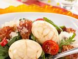 Marmorierte Eier auf Raukesalat Rezept