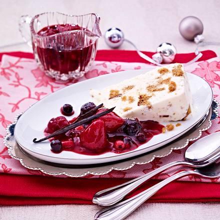 marzipan parfait mit lebkuchen und beerenkompott rezept lecker. Black Bedroom Furniture Sets. Home Design Ideas