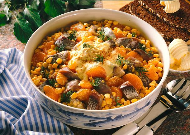 Matjessalat mit Currysoße Rezept