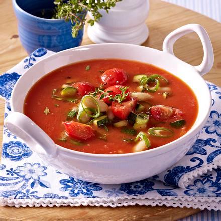mediterrane tomatensuppe rezept lecker. Black Bedroom Furniture Sets. Home Design Ideas