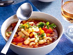 Mediterraner Gemüse-Nudel-Eintopf Rezept