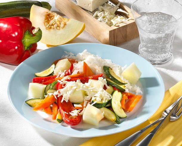 Melonen-Gemüse-Reis mit Schafskäse Rezept