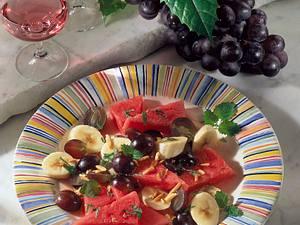 Melonen-Salat mit Mandeln Rezept
