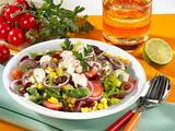 Mexikanischer Salat mit Schafskäse Rezept
