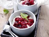 Milchreis mit Sahne und Rote Grütze Rezept