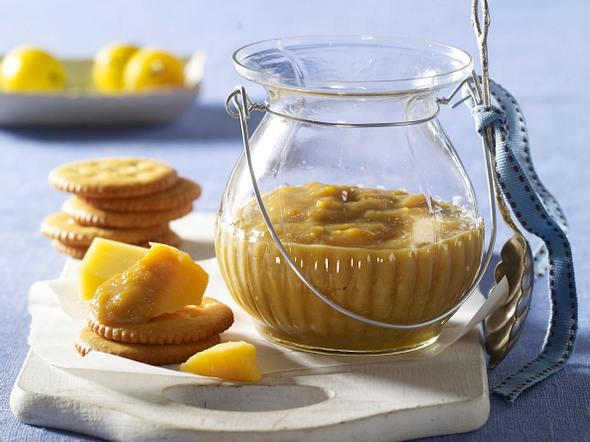 Mirabellen-Senf zu Käse Rezept