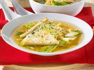 Miso-Suppe mit Tofu, Chinakohl und Alfalfasprossen Rezept