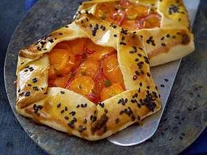 Möhren-Galettes mit Tofu, Orange und Thymian Rezept